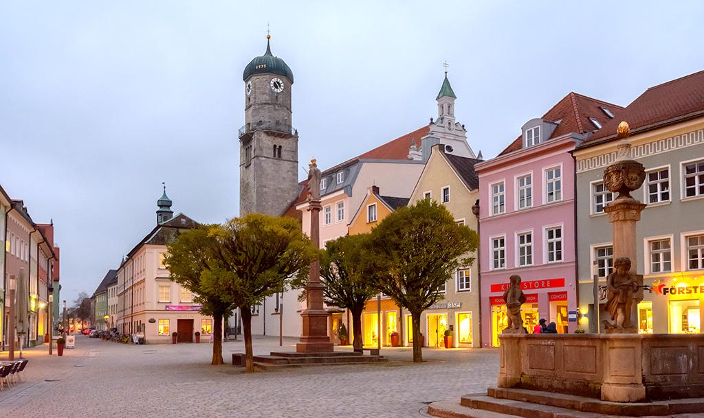 Stadtpfarrkirche Mariae Himmelfahrt
